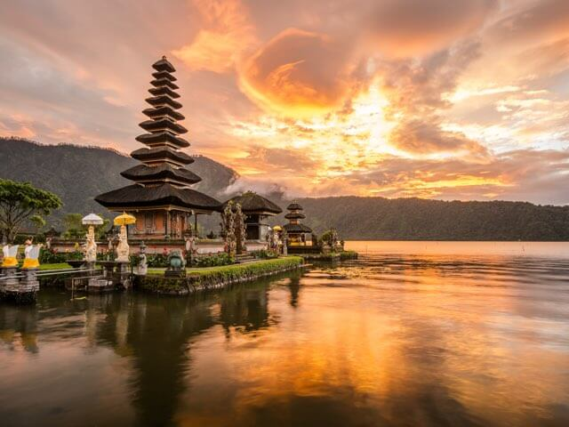 Book cheap Bali flights with onefront-EDreams