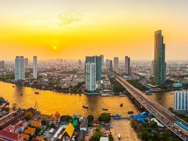 Book cheap Bangkok flights with eDreams