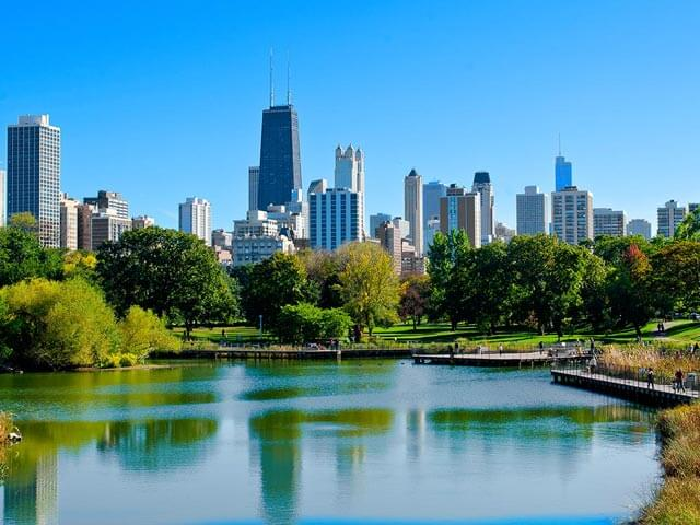 Book cheap Chicago flights with eDreams