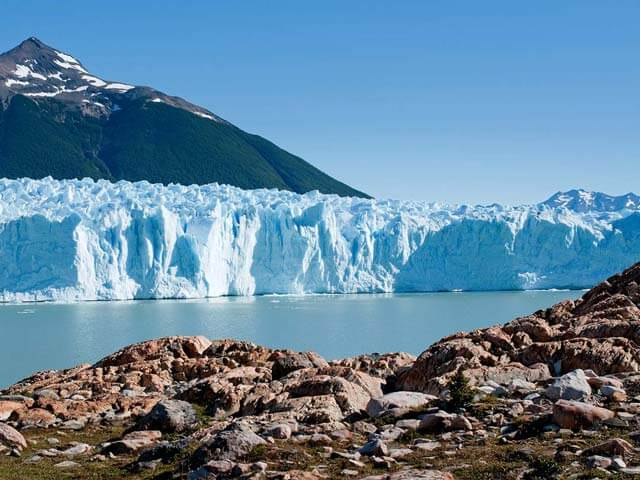 Book cheap El Calafate flights with eDreams