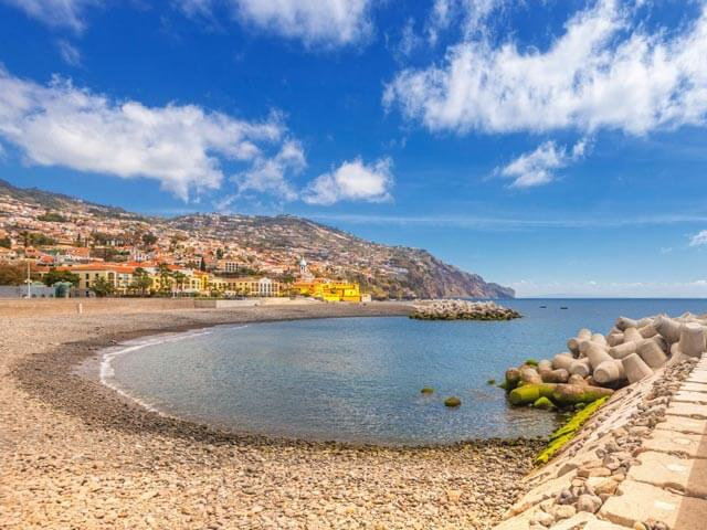 Book cheap Funchal flights with eDreams