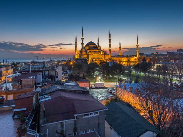 Book cheap Istanbul flights with eDreams