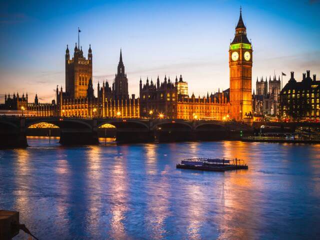 Book cheap London flights with eDreams
