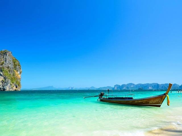 Book cheap Phuket flights with eDreams