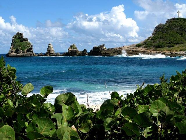 Book cheap Point a Pitre flights with eDreams