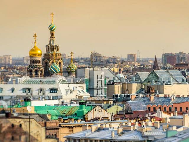 Book cheap St Petersburg flights with eDreams
