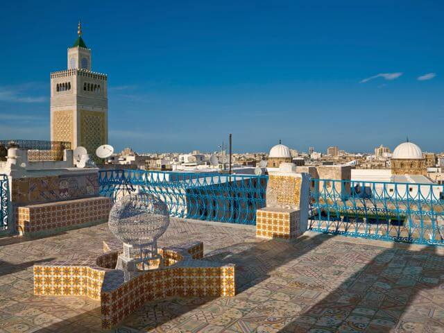 Book cheap Tunis flights with eDreams